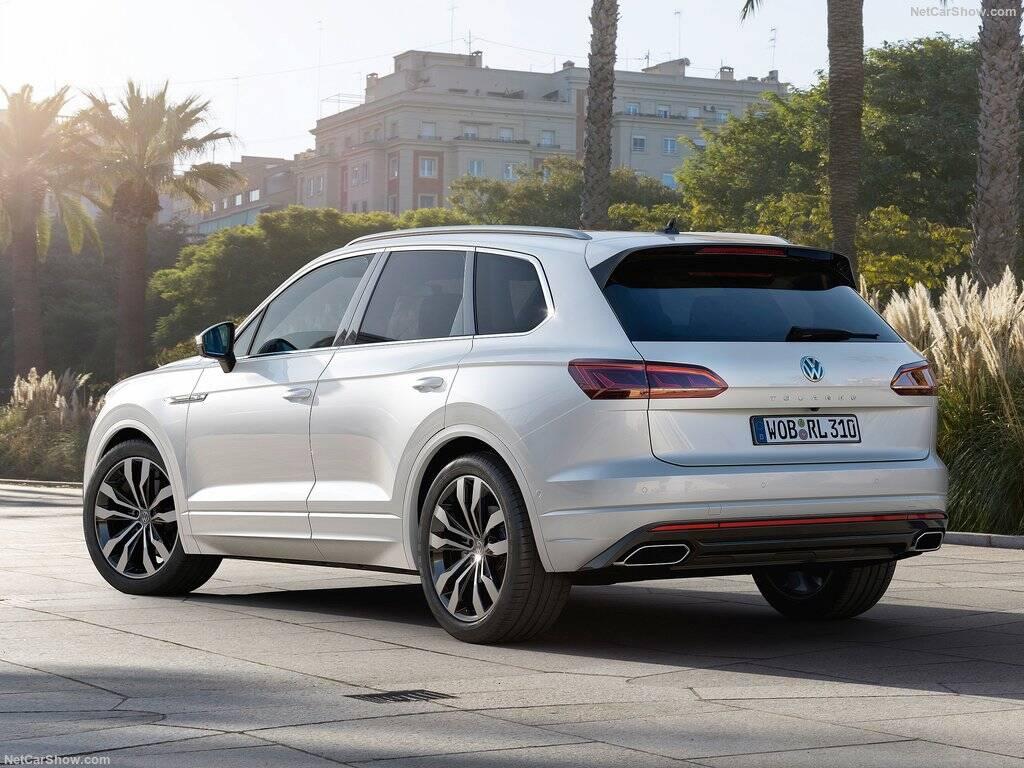 Volkswagen-Touareg-2019-tras