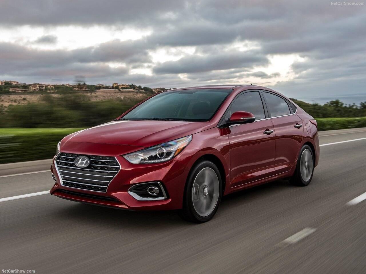 Hyundai-Accent-2018-1280-05