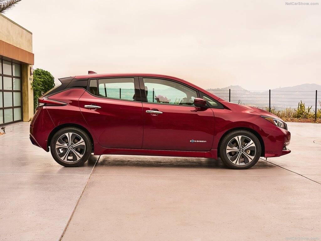 Nissan-Leaf-2018-1024-0c