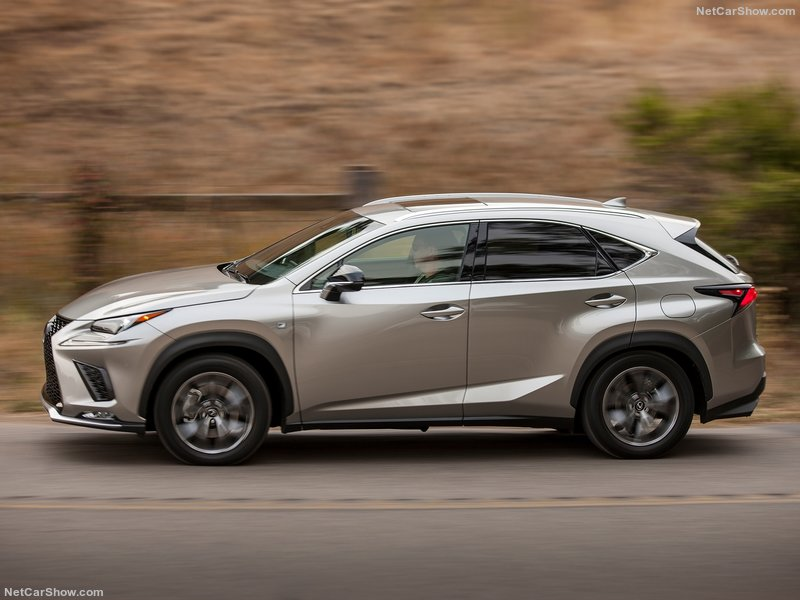 Lexus-NX-2018-800-17