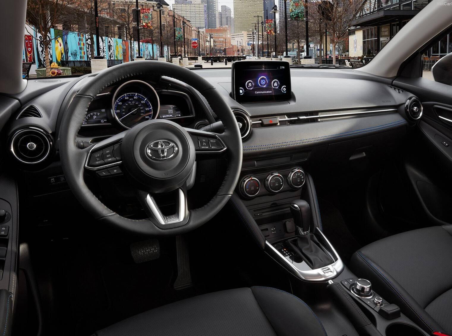 Toyota-Yaris_Sedan-2019-1600-04