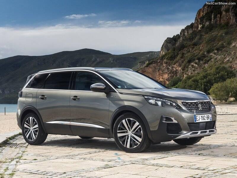Peugeot-5008-2017-800-04